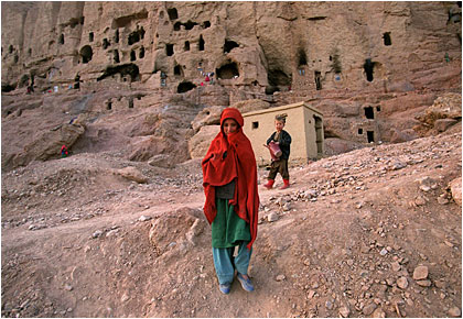 Afghanistan: 2002 in pictures / Photos by Jonathan Wiggs
